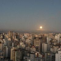 ブラジルのスーパームーン