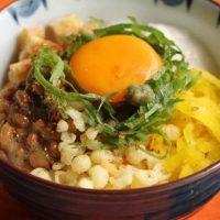 日替わりで食べたい!「納豆丼」アレンジ朝食レシピ5選