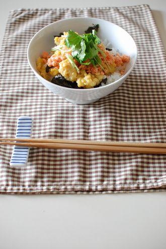 「のり卵鮭丼」