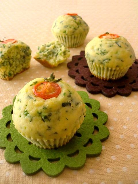 栄養満点◎「ほうれん草のカップケーキ」