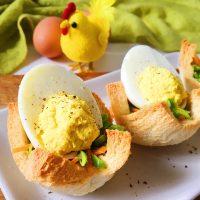 いつもの食パンで簡単イースター気分♪「パンカップの卵サラダ」