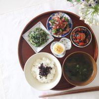 いつものおかずでOK!豆皿で楽しむ「ちょこちょこ盛り」朝食のすすめ