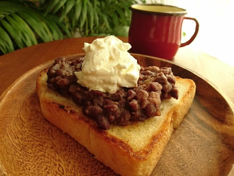 スイーツみたい♪ 「ヨーグルトあんバタートースト」レシピ