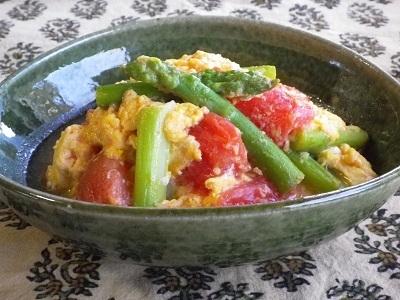 トマトとアスパラガスの卵炒め by:SUMIKKAさん