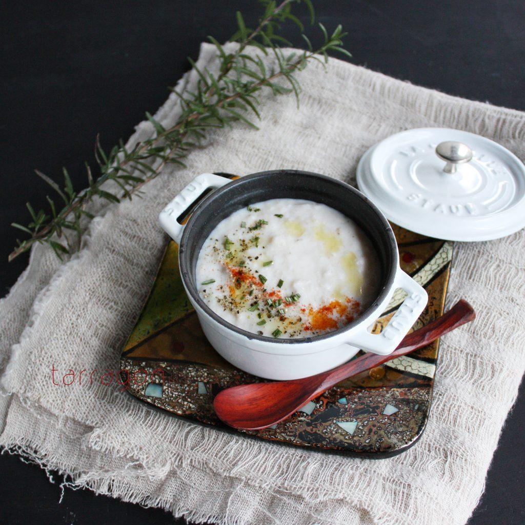 喉にやさしい♪ミキサーなしで簡単「ミルクとれんこんのすりおろしスープ」