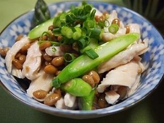 鶏ササミとアスパラの納豆和え by:とまとママさん