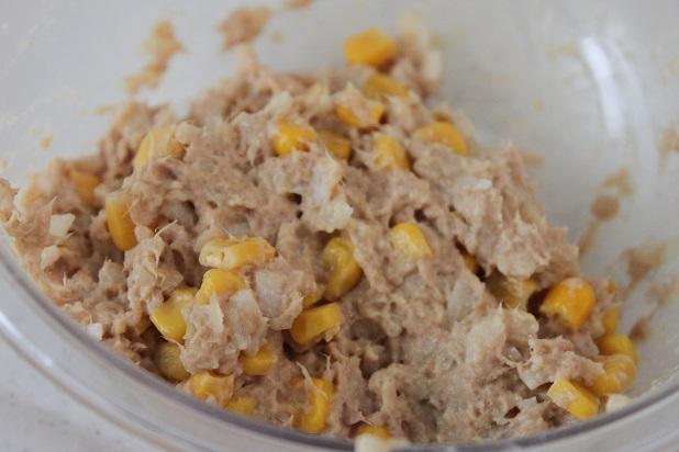 お肉いらずで簡単♪「ツナとコーンのやわらかバーグ」のお弁当レシピ
