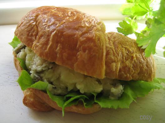 オトナな味わい♪「ポテサラ・サンドイッチ」