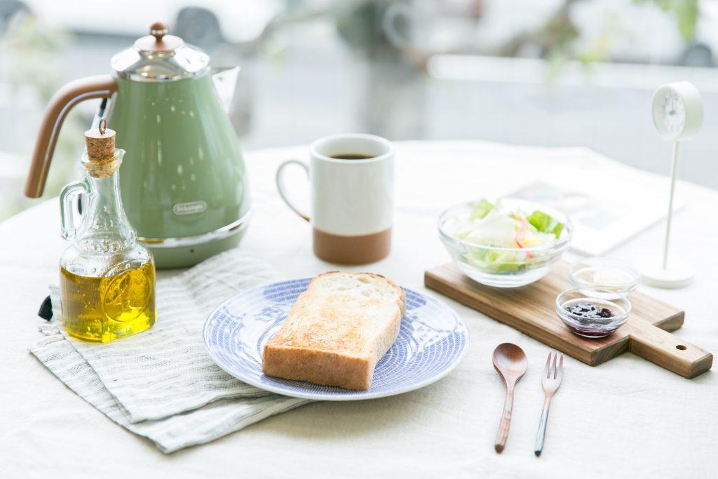 忠地七緒さん撮影の朝食の食卓風景