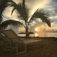 「天国に一番近い島で迎える朝」