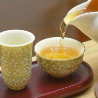 油っこい料理のときは○○を飲もう!種類別「お茶」のチカラ