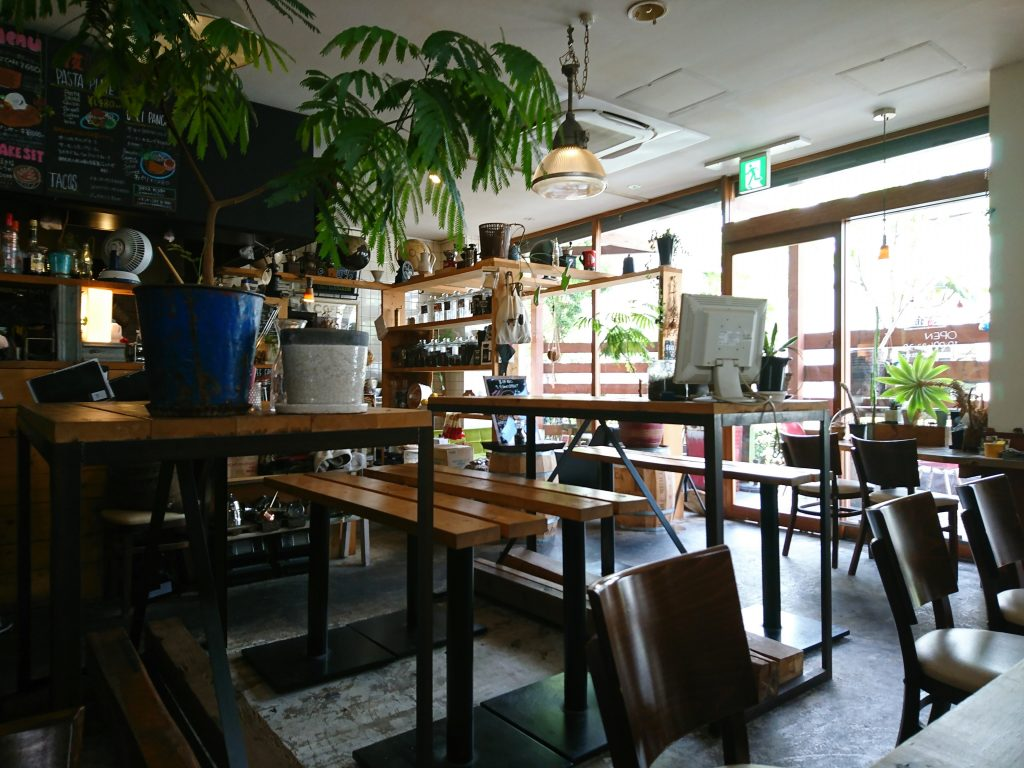 GLOBE MOUNTAIN COFFEEの店内