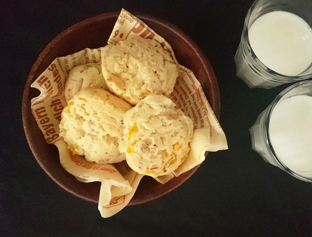 ピリッと大人味!ホットケーキミックスで楽ちん「チーズとベーコンのスコーン」 by:村山瑛子さん