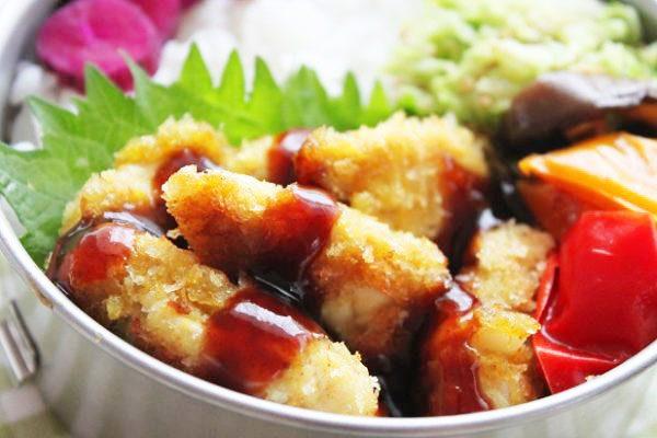 カレーマヨ風味の簡単「ささみカツ」のお弁当