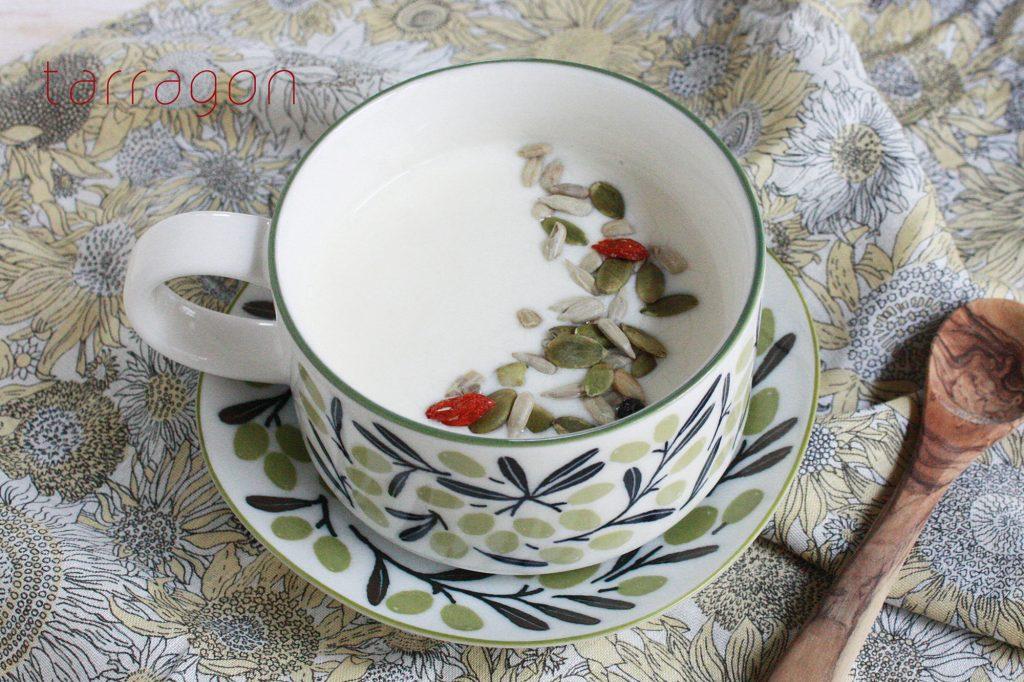 冷えたカラダに!朝の美容ドリンク♪「ジンジャーハニーヨーグルトミルク」