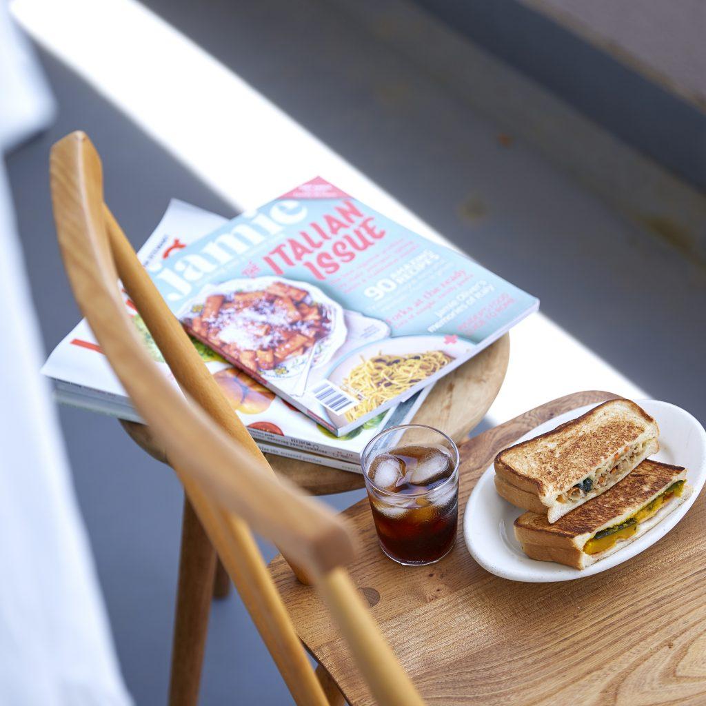 作り置きおかずで簡単!フライパンで作る「おやき風ホットサンド」