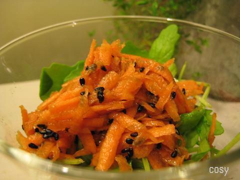 ルッコラとにんじんシリシリのサラダ by:イクコさん