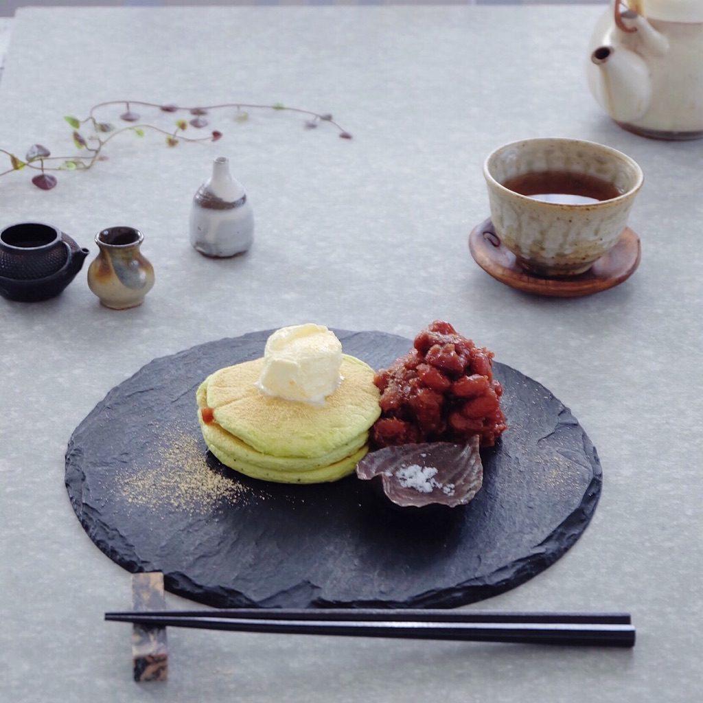 お皿選びと空間がコツ。「和」のテーブルコーデ