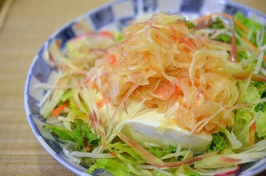 <アマニ油で健康!桜海老&玉葱ドレッシングで豆腐サラダ> by:槙 かおるさん