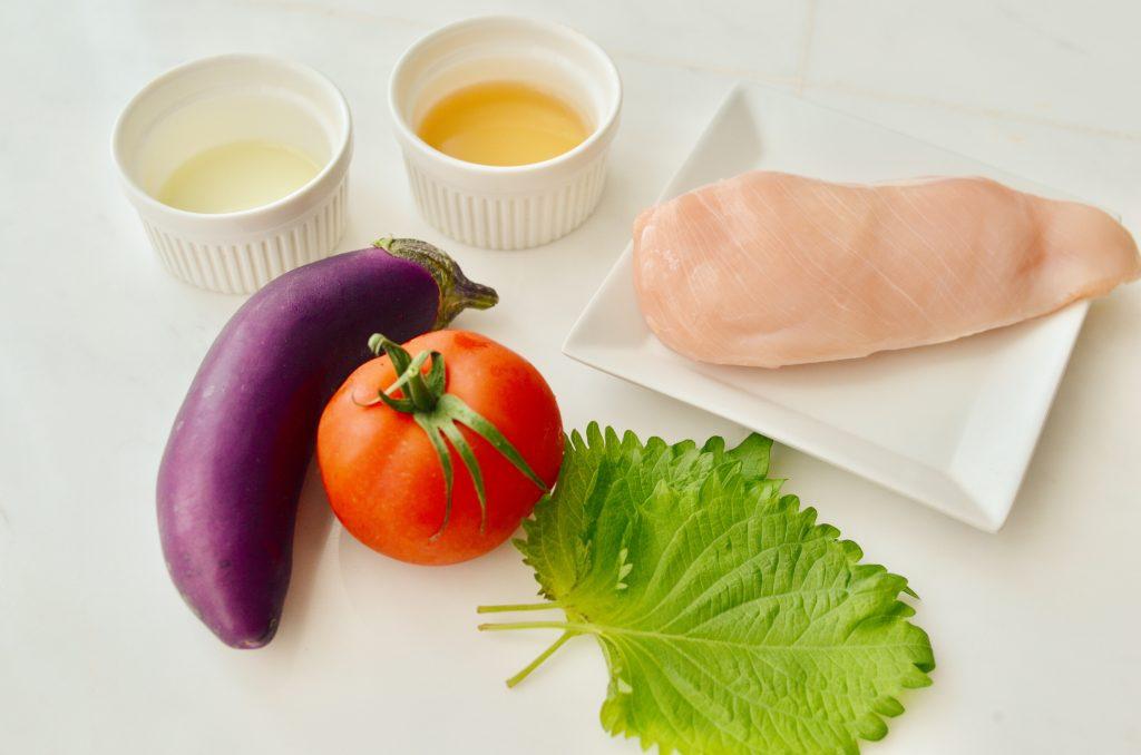 レンジと白だしで簡単!冷やしておいしい「鶏肉と夏野菜の和風マリネ」の材料