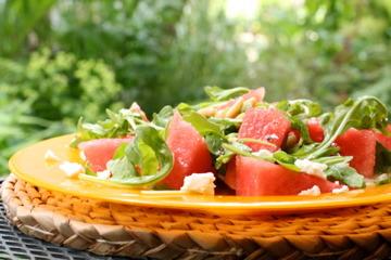 さっぱりスイカとフェタチーズのルッコラサラダ by:サリアさん