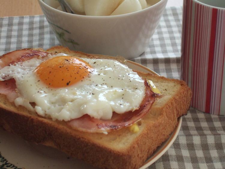 焼きたて食パンのハムエッグトースト by:みちこ。