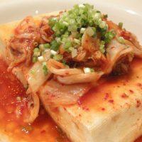 ちょい足しで満足度アップ!加熱なしカンタン「豆腐」レシピ5選