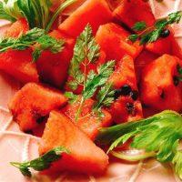 朝に食べて夏バテを予防!ミネラルたっぷり「スイカ」レシピ5選