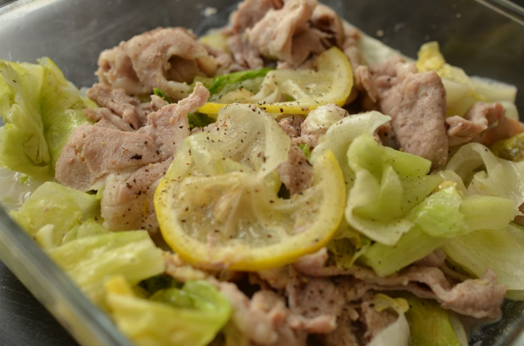 夏バテにもダイエットにも◎レモンとしょうがで簡単「レンジ豚」