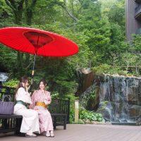 箱根の大自然に癒やされる♪旅先で楽しむ「朝ヨガ」のすすめ