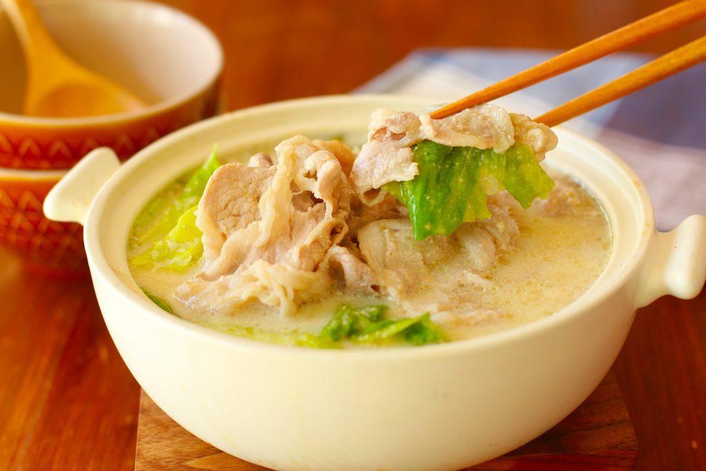 「朝鍋」が今きてる?!ちぎって10分煮込むだけの簡単ヘルシーレシピ♪ by:河瀬 璃菜さん