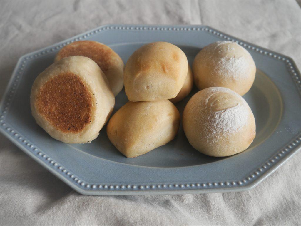 こねないから時短で簡単!フライパンで焼ける「100gミルクパン」