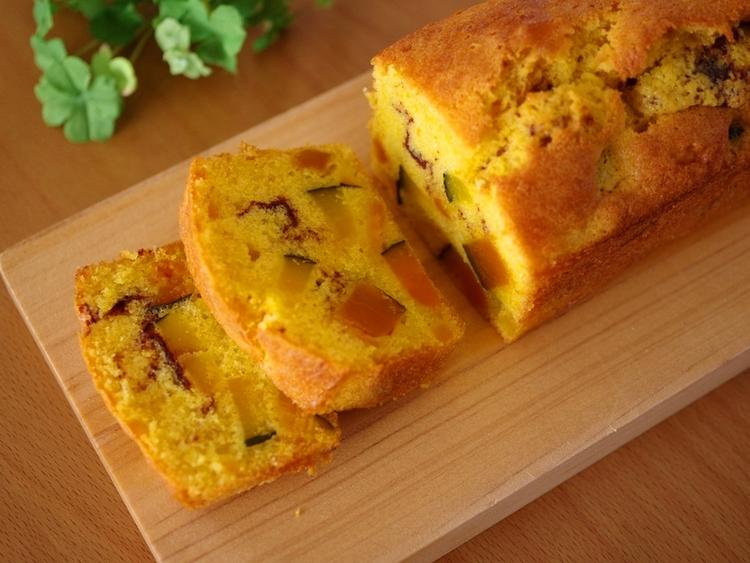 ホットケーキミックス(HM)でつくる、かぼちゃの簡単パウンドケーキ♪ by:めろんぱんママさん
