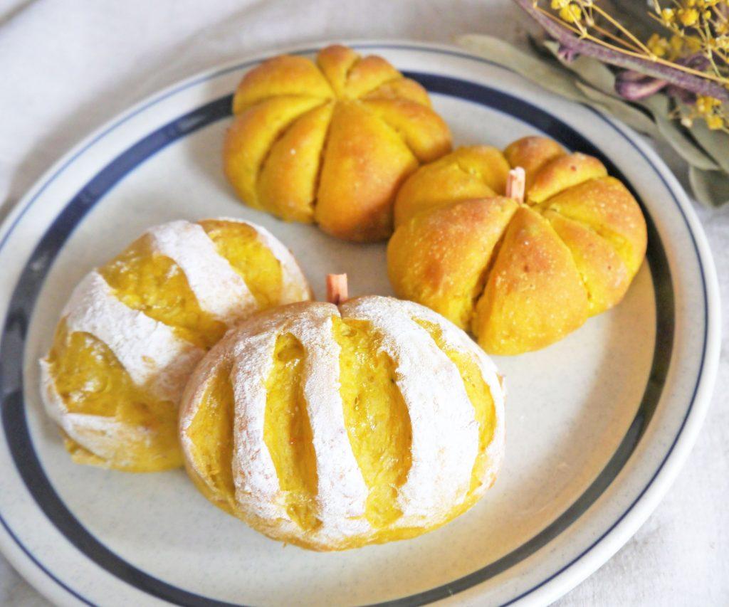 ハロウィンにぴったり!こねずに簡単ふわふわ「100gかぼちゃパン」