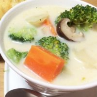 食べ過ぎた時のリセットメニュー!「豆乳スープ」朝ごはんレシピ5選