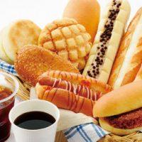 始業前はセブンへ!コーヒーとパンが200円でお得な「朝セブン」キャンペーン実施中☆