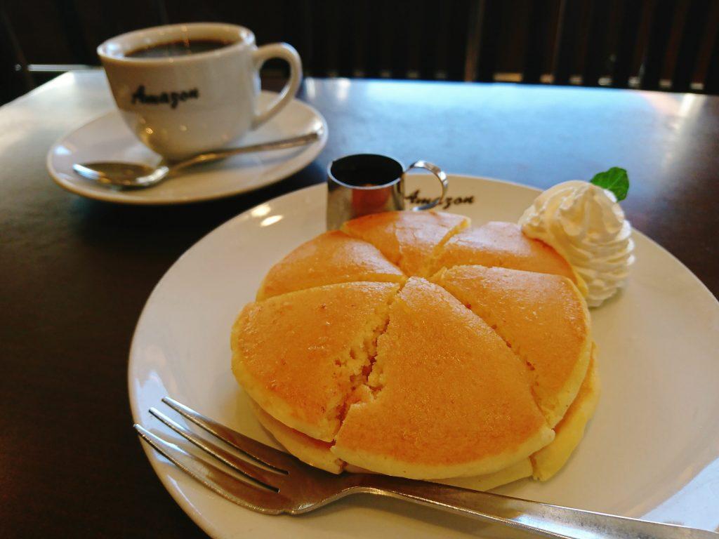 京都の喫茶Amazon(アマゾン)ホットケーキモーニング