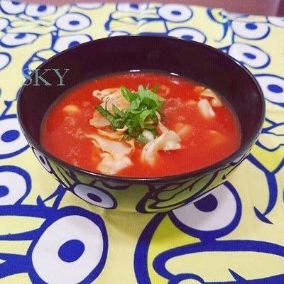 トマトジュースで温冷どちらもトマト味噌汁 by:chefたま(永井めぐ)さん