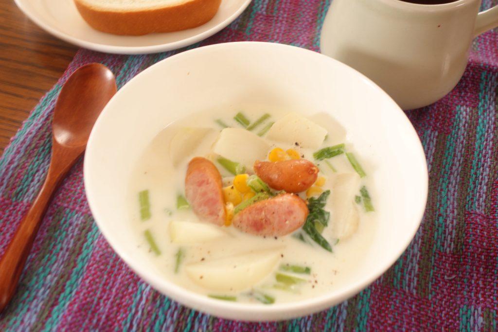 かぶ1つで簡単!ボリューム満点「かぶとウインナーのミルクスープ」 by:柳沢 紀子さん