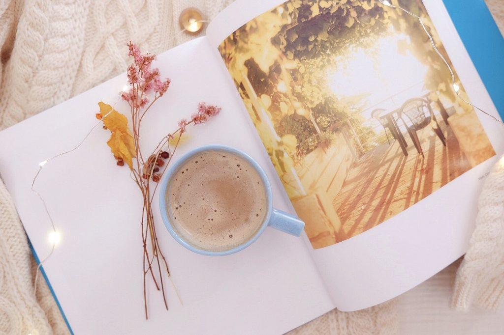 ほっと一息♪「本」と過ごす朝時間