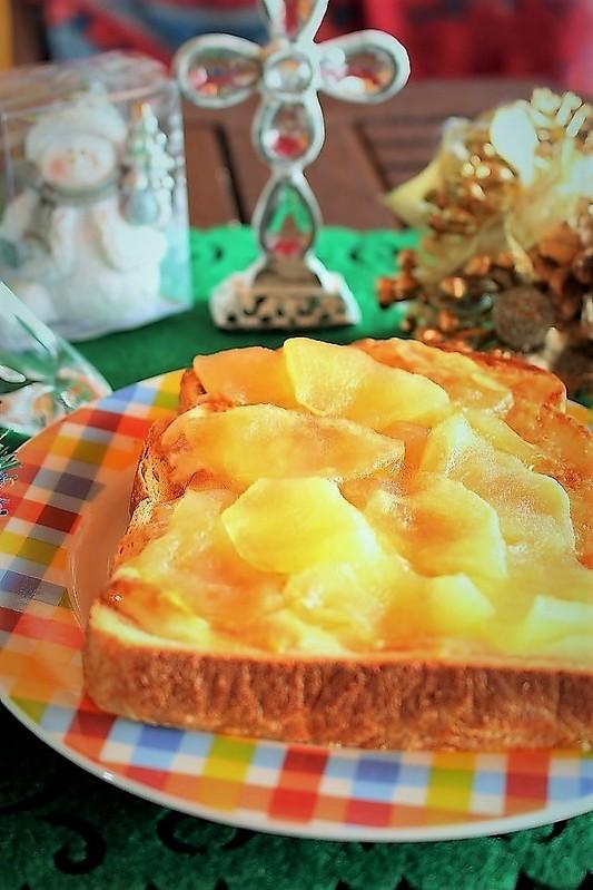 りんごとぷりんで簡単!<あっぷるぷりんトースト> by:はーい♪にゃん太のママさん