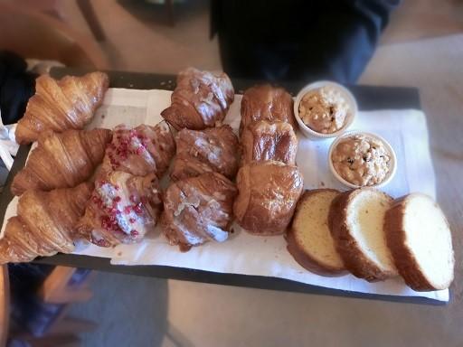 選べるピエール・エルメセレクションのパンたち