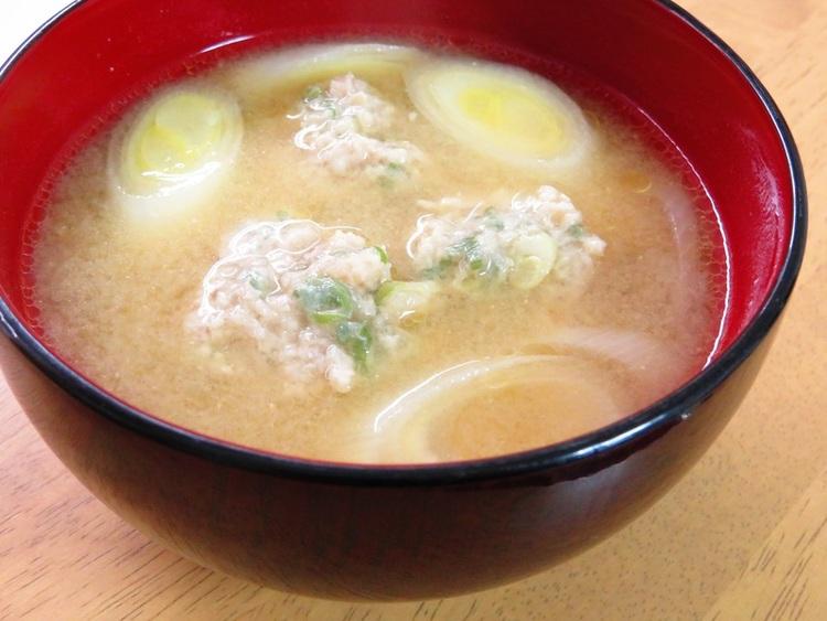ほっこり♪長ネギと生姜団子の味噌汁 by:kaana57さん