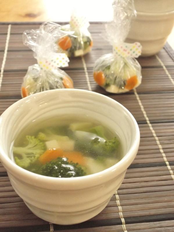 お湯を注ぐだけ♪<スープ玉>ブロッコリー&チーズ by:まんまるらあてさん