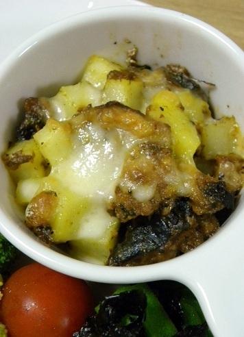 鯖缶とジャガイモのカレーチーズ焼き by:新地亜紀さん