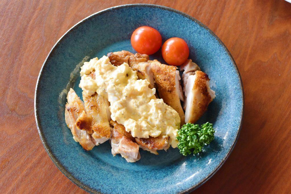 鶏モモ肉のソテー