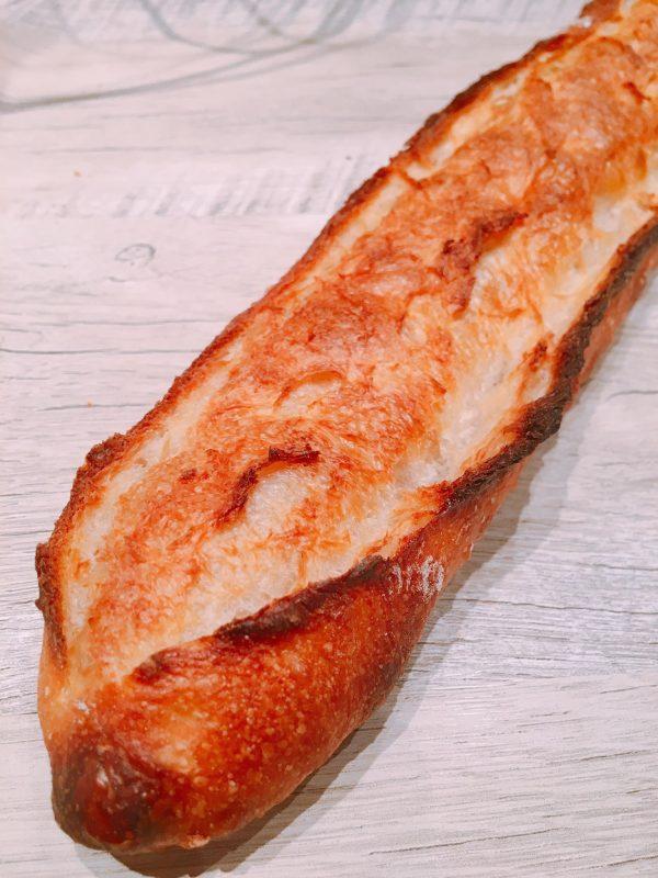 「パン デ フィロゾフ」の絶品バゲット