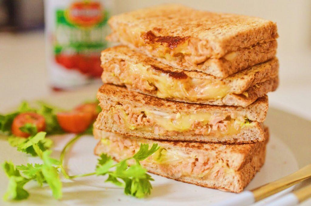 チーズがとろ~り♪フライパンで簡単「キャベツのツナメルトサンド」 by:柳沢 紀子さん