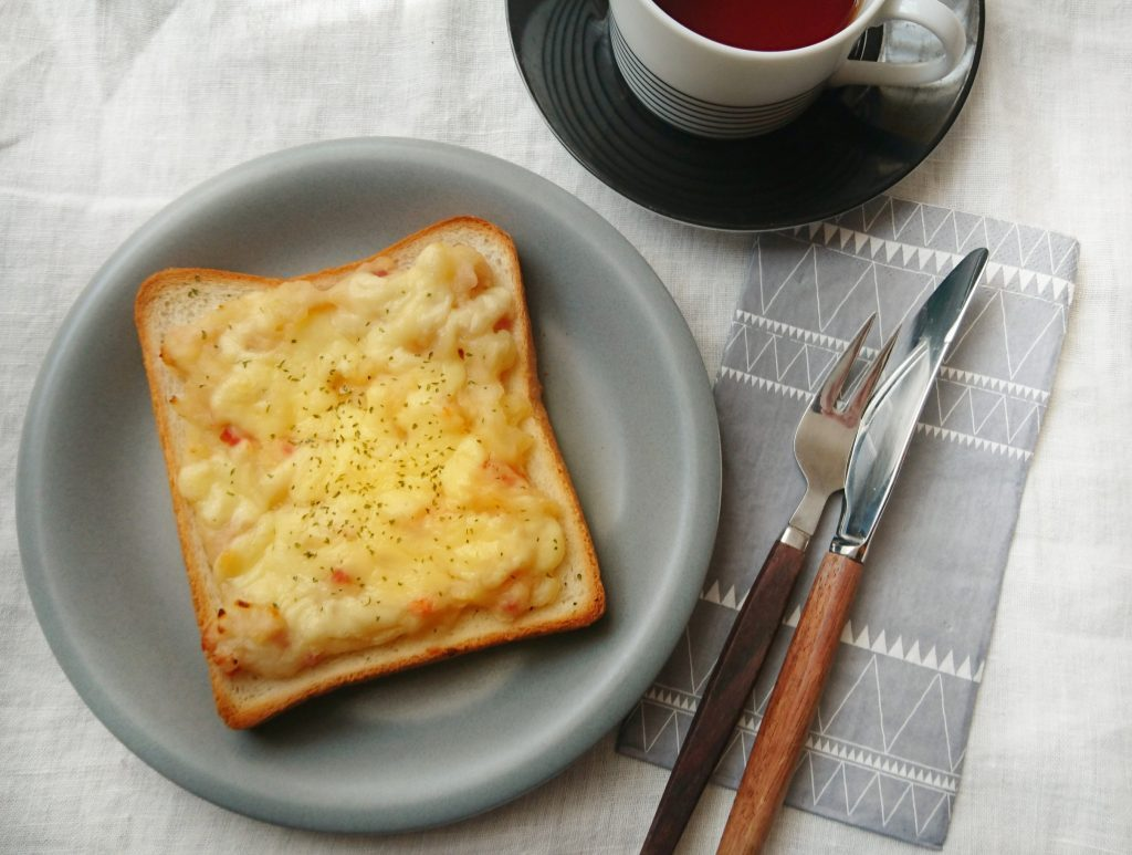熱々ホクホク!冬の朝ごはんにおいしい「ベーコンポテトトースト」 by:料理家 村山瑛子さん