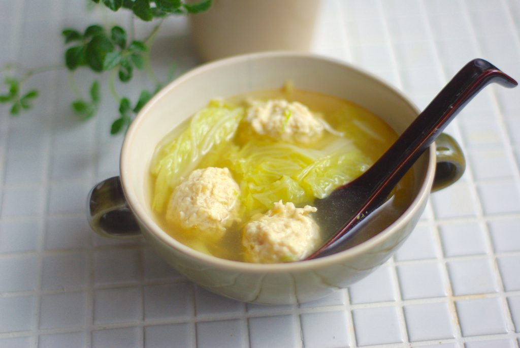 ついでに作り置き!簡単「鶏団子と白菜のポカポカ生姜スープ」 by:Mayu*さん